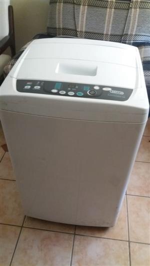 defy 10 kg electrologic washing machine in perfect working order