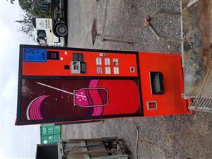 Cooldrink vending machine