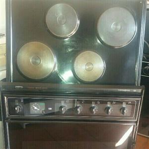 DEFY  710mm MULTI CHEF OVEN N HOB FOR SALE
