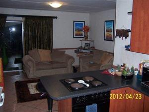 2-BED GROUND FLOOR UNIT IN DALPARK BRAKPAN