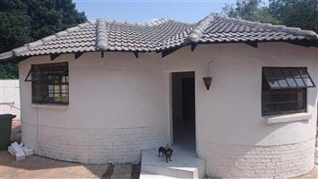 Spacious 1 Bedroom Cottage for Rent including Water n Electricity  -  Buccleuch , Sandton