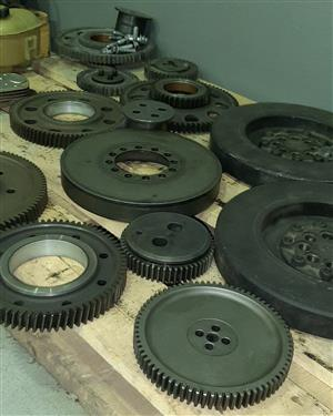 MAN truck timing gears and damper pulleys!