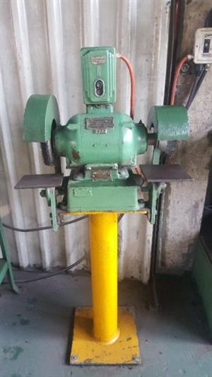 Pedestal Grinder BEACON with Steel Brushes