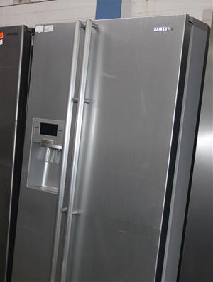 Samsung side by side metallic fridge S031835A #Rosettenvillepawnshop