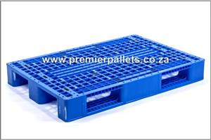 Pre-owned plastic pallets (rackable)