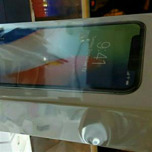 Sealed/new iPhone x Silver 256GB