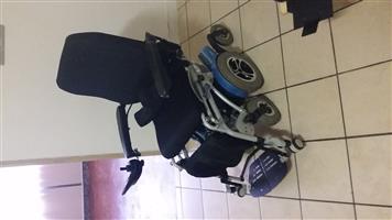 2017 Draco Lloyd Hydraulic electric wheelchair (Price is Negotiable)