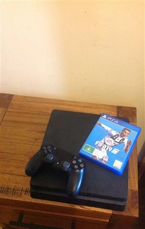 Sony PS4 slim 1tb brand new price is not negotiable R4400