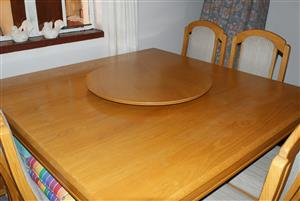 Dining room solid oak table and 8 chairs.