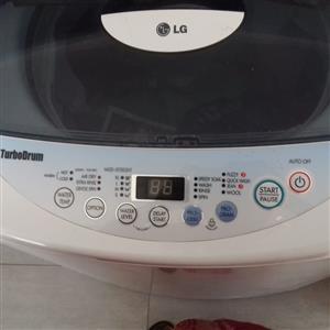 LG Fuzzy Logic 13kg TurboDrum Fully Automatic Washing Machine