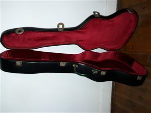 Vintage Spanish Guitar Case (for 10- or 6-string)