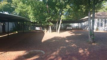 Commercial Property to Rent in Lynnwood Glen
