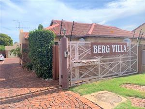 6 BERG VILLA - 1 BEDROOM TOWNHOUSE IN RIETFONTEIN (RAPID RENTALS)