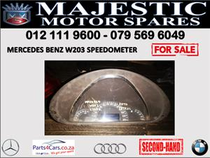 Mercedes benz W203 speedometer cluster for sale