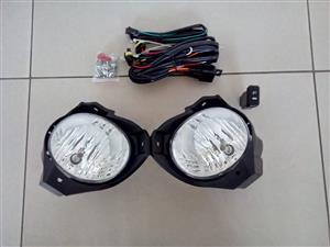 TOYOTA HILUX 2009/12 BRAND NEW FOGLIGHT KITS FOR SALE R450