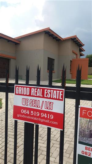 Beautiful houses on sale in Secured up market area, the Head, Lydenburg Mpumalanga