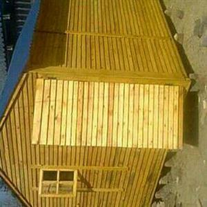 Discounted Wendy houses and log homes