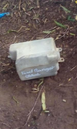 2003 FORD RANGER WASHER BOTTLE- USED GLOBAL