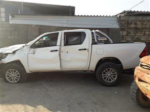 Toyota Hilux 2.4 GD-6 D/C - 2016 - Stripping for spares