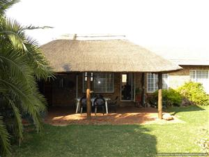 STUNNING AND SPACIOUS 2 BEDROOM TOWNHOUSE FOR SALE IN DOORNPOORT