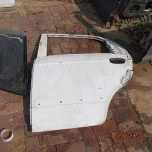 2006 CHEV AVEO L/R DOOR SHELL – USED