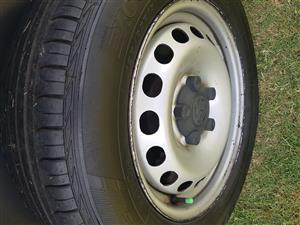 Tyres and  Rims for VW Caddy with almost new tyres 195/65/15