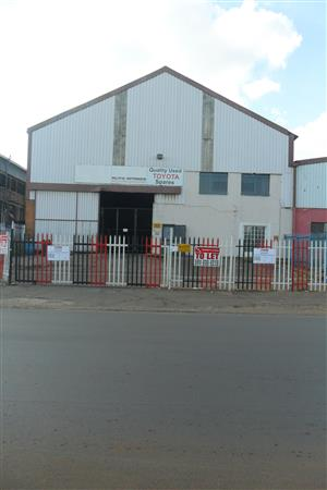 1084m² Factory/Warehouse to let in Anderbolt, Boksburg.