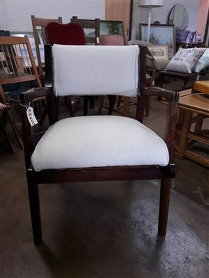 Occasional armchair in neutral cream