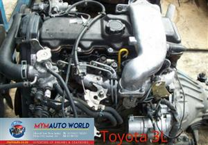 Imported used  TOYOTA HILUX 2.8L, 3L engine Complete