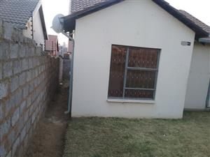 Alone standing house with 2 bedrooms is available ASAP in Fleurhof ext 26 for Rental close to future