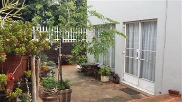 Lovely sunny, secure Garden cottage - Selection Park, SPRINGS