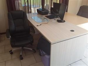Bigger desk with leather chair