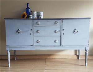 Sideboard (delivery available)