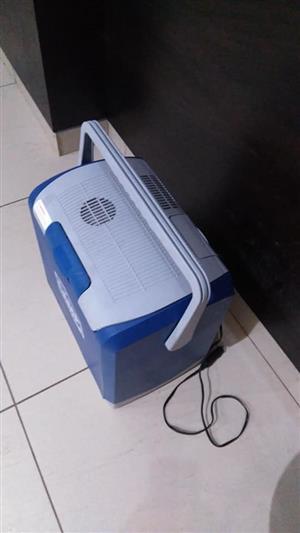 Camp master electric cooler 24L