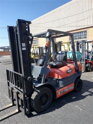 2.5t Toyota 6FG25 Forklift