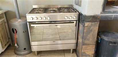 Devy gas stove and electic oven