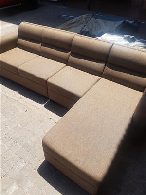 Lounge suite . New ,. L/shape