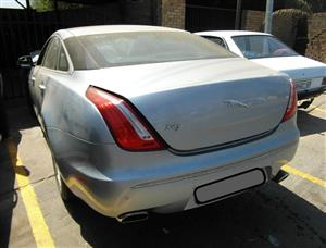 Jaguar XJ Tailgate for sale | AUTO EZI