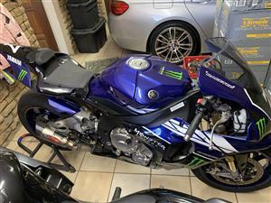 2017 Yamaha YZF R1