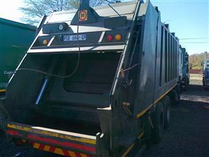 MAN F 2000 Waste truck