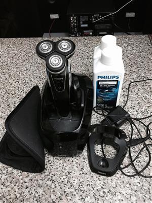 Phillips sensotouch 3D shaver