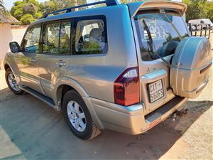 2004 Mitsubishi Pajero 5 door 3.2DI D GLS