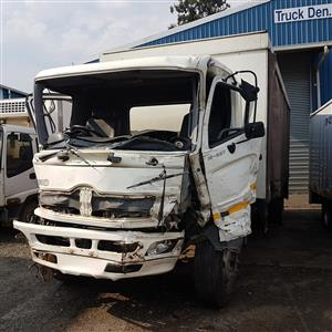 2008 HINO 500 - 15-258 (JO8CTT) TRUCK STRIPPING FOR SPARES