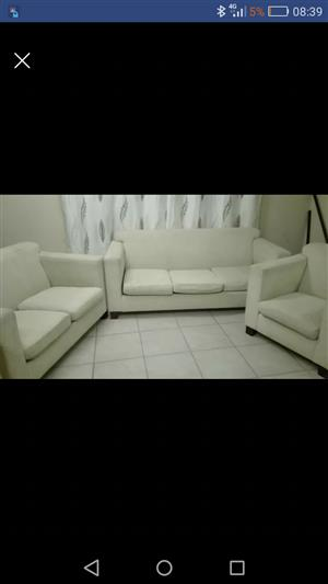 Grafton Everest Lounge suite