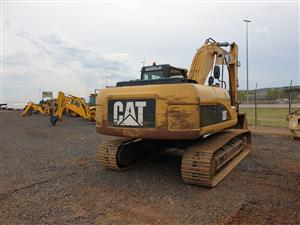 CAT 320D L Excavator 9000h Pre-Owned Other