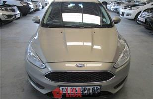 2015 Ford Focus sedan 1.5T Trend