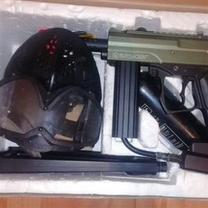 Spyder Mr1 Paintball gun.