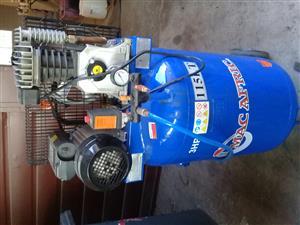 Compressor 115lt for sale