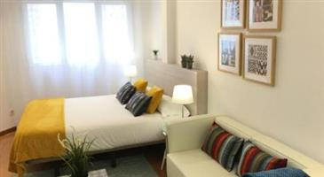 Furnished room to let in green point
