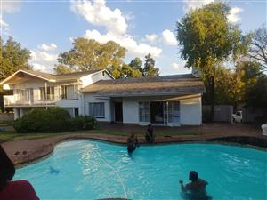 rooms available for rental in rembrandpark next to Lombardy east close to greenstone shoping centre R2500 available 01 August 2019 0724995793